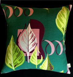 Tropical Vintage Barkcloth Pillow Cover by atomiclivinhome Tree Patterns, Vintage Stuff, Vintage Pillows, Linens, 1950s, Pillow Covers, Weaving, Tropical, Textiles