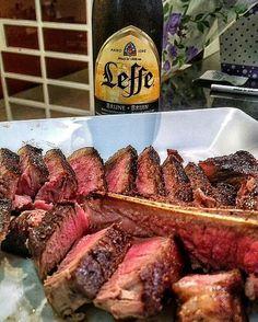 An outstanding steak and a phenomenal beer from @leffe.usa Pic courtesy of @roberto.bocabello -  Tinha esquecido dessa foto!!! Nada melhor que um dry aged com 45 dias feito na frigideira só com manteiga sal e pimenta com sabor intenso e característico sendo acompanhado de uma #leffe! Alegria pura!!! _______________________________________________  #paradeveroquevcnaotem #tbone #tbonesteak #rare #malpassada #steak #dryagedbeef #dryaged #dryaging #meat #carne #chapa #food #instapic #foodlovers…