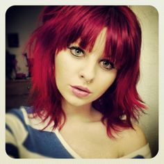 shoulder length red hair... Would so do this... Change is necessary :)