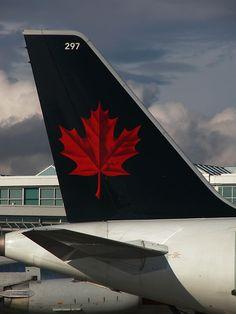 OLD  Air Canada A320 @ YVR