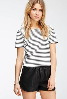 Boxy Texture-Striped Top | Forever 21 - 2000080184