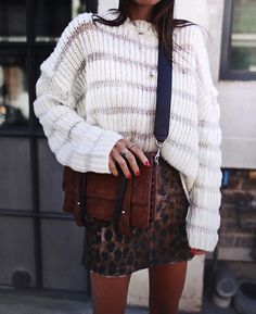 Gossip Girl inspired: white knitted jumper tucked into a leopard print mini skirt with a mini satchel briefcase bag. Perfect for runny errands and keeping secrets xoxo.