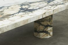 Temple by Joseph Dirand Marble Furniture, Furniture Dining Table, Furniture Design, Dining Tables, Coffee Tables, Dining Room, Interior Design Inspiration, Home Interior Design, Joseph Dirand