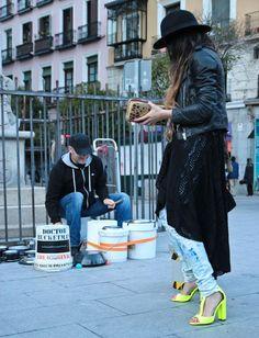 MADAME DE ROSA STREET ART (6)