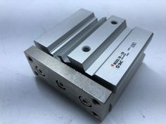 SMC MGQL16-20 Aluminum Air Cylinder Guide Rod Plate Ball Bushing Bearing Compact #SMC