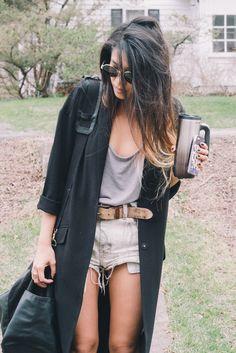 That's so me just a skinnier version lol Long sweater & coffee mug :))