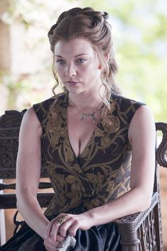 Game Of Thrones Dress, Game Of Thrones Poster, Game Of Thrones Costumes, Margaery Tyrell, Natalie Dormer, Prom Hair, Hollywood Actresses, Fashion History, Hair Inspo
