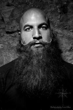 Dieser mächtige ZZ gehört zu Mark. Sehr cooler Style mit dem gezwirbelten Moustache. Respekt und Danke.