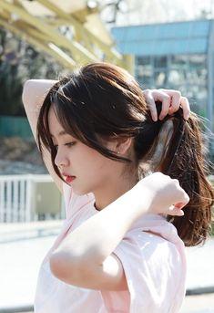Kim so hyun photoshoots for fm 📷😘 Korean Actresses, Asian Actors, Korean Beauty, Asian Beauty, Korean Celebrities, Celebs, Bora Lim, Kim So Hyun Fashion, Kim Sohyun