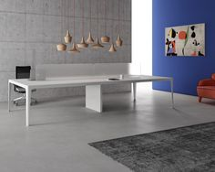 Estel presenta dos nuevos conceptos de mesa de oficina: Grand More y  Plombier.