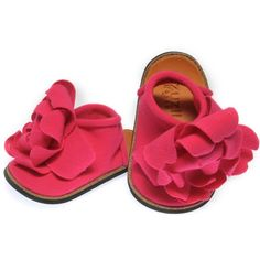 Yet another pair of shoes. I can tell this little girl is going to be problematic for the budget.