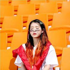 Korean Star, Korean Girl, Asian Girl, Kim Chungha, Warner Music, Kdrama Actors, Girl Inspiration, Kpop Outfits, Me As A Girlfriend