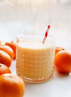 Super simple, vitamin C-packed clementine smoothie! cookieandkate.com