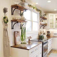 French Inspired Farmhouse Kitchen – themorrismanor
