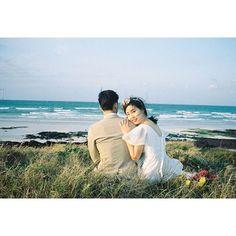/ Photographed by #김묘리 . . #셀프웨딩#제주도셀프웨딩#데이트스냅#필름사진#감성사진#커플스냅#웨딩스냅#맞팔#선팔#인친#럽스타#럽스타그램#제주도#비자림#월정리해변#바다#인물사진#인물#촬영문의#wedding#love#weddingsnaps#photo#photograph#photographer#film#35mm#analog#portrait