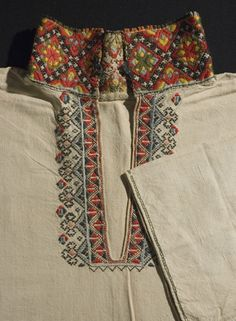 Skjorte @ DigitaltMuseum.no Folk Costume, Costumes, Grandma Dress, Scandinavian Embroidery, Norway Viking, Embroidery Suits Design, Hardanger Embroidery, Fabric Beads, Nordic Style