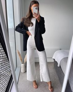 Girls Fashion Clothes, Winter Fashion Outfits, Look Fashion, Spring Outfits, Girl Fashion, Business Casual Outfits, Dressy Outfits, Chic Outfits, Formal Casual