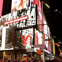 Instagram의 지선윤님: #newyork #뉴욕 #레미제라블 보러 가는 길 여전히 설렘#여행 #lesmiserables