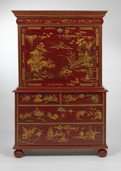 A Magnificent William and Mary Scarlet, Gilt and Silver- Japanned Secretaire-on-Chest.c.1690.