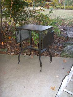 Mid century Modern Typing Table Drop Sides Metal Table Industrial Decor Drop Leaf Typewriter Table Rolling Rollers Eames Era Loft Apartment
