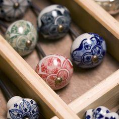 Bouton de porte en céramique coloré