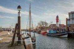 Büsum, North Germany North Sea, Light House, Dark Night, Cn Tower, Rainbows, Light In The Dark, The Darkest, Cities, Coast