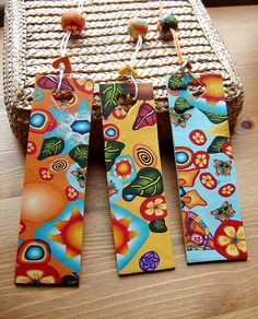 Marcador de Livros / Bookmarker by Sonho com Arte, via Flickr Creative Bookmarks, Bookmarks Kids, Book Crafts, Diy And Crafts, Bookmark Craft, Islamic Patterns, Book Markers, Homemade Christmas Gifts, Paper Gifts