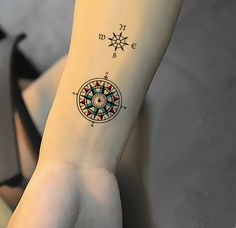 brujula tatuaje minimalista - Buscar con Google