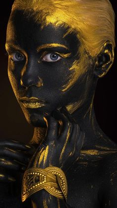 Golden girl wallpaper by georgekev - - Free on ZEDGE™ Wallpaper Tumblr Lockscreen, Black Girl Art, Black Women Art, Black Wallpaper, Girl Wallpaper, Portrait Art, Portrait Photography, Makeup Photography, Bild Gold