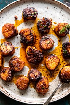 Honey Butter Blackened Scallops with Herby Polenta from Half Baked Harvest Fish Recipes, Seafood Recipes, Cooking Recipes, Healthy Recipes, Seafood Scallops, Fish And Seafood, Easy Skillet Dinner, Scallop Recipes, Half Baked Harvest