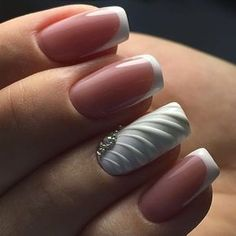 Nice rouching on the nail.