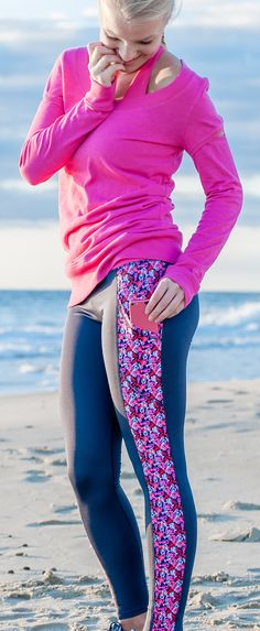 Pink & navy lobster print leggings + 2 large side pockets =  workout perfection! Shop these preppy yoga pants (and our Peek-a-Boo cutout sweatshirt) at devonmaryn.com!