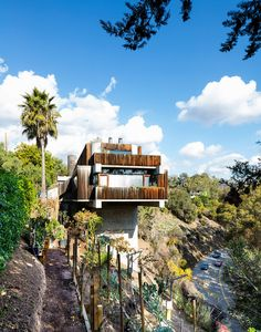 The brutalist home cantilevered over Sunset Boulevard has become a landmark. Designed and built by Robert Bridges in 1979.