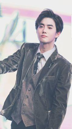 Who knew I'd fall for you but somehow my heart saw you and went where have you been all my life? Exo Minseok, Kim Jongin, Baekhyun Chanyeol, Kim Jong Dae, Kim Min Seok, Kris Wu, K Pop, Shinee, Kai