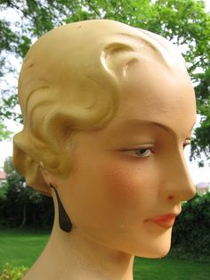 1930s Art Deco Plaster Bust - Beautiful Vintage Counter Top Shop Display Mannequin