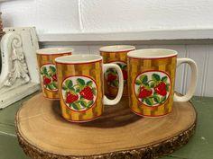 Strawberry Farm, Mugs Set, Chips, Tableware, Vintage, Etsy, Products, Dinnerware, Potato Chip