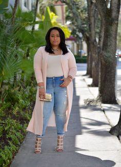 pingl par michel sur pinup en 2018 pinterest femmes noires et femme. Black Bedroom Furniture Sets. Home Design Ideas
