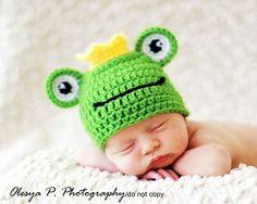 PDF CROCHET PATTERN 043 - Frog hat - Multiple sizes from newborn through 12 months