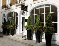 Errol Douglas Salon.     18 Motcomb Street, Knightsbridge, London, SW1X 8LB  T - 0207 235 0110  E - reception@erroldouglas.com    http://www.handbag.com/cm/handbaguk/images/uV/or_a31369ae12513035534511.jpg