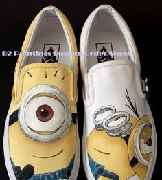 Hand Drawn and Hand Painted Minion Shoes painted on canvas shoes not vans or toms available in any child, men, or women size Vans Canvas Shoes, Painted Canvas Shoes, Painted Vans, Hand Painted Shoes, Converse Shoes, Painted Clothes, Sharpie Shoes, Sharpie Art, Cute Girl Shoes