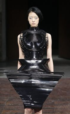 Innovative 3D Fashion Design with graphic silhouette; wearable art // Iris van Herpen