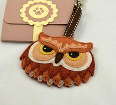 Owl Keychain Plush / Keyring / Bag Charm / by CreaturesInStitches