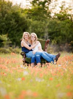 BFF Senior Session: Cinco Ranch High School c/o Senior Photography Teen Photography, Senior Portrait Photography, Senior Portraits, Family Portraits, Senior Photos Girls, Senior Girls, Senior Pictures, Girl Photos, Cinco Ranch