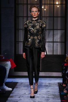 Schiaparelli Couture Fall Winter 2015 Paris - NOWFASHION