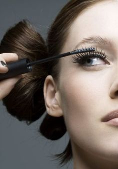 A quick do-it-at-home trick to create fuller lashes.  If your mascara isn't doing its job anymore by creating fuller, thicker lashes, try dusting a bit of translucent powder onto your lashes before applying mascara. Remember to keep your eyes closed when you dust the powder over your lashes to avoid the product going into your eyes.  source: http://www.fairlady.com/beauty/daily-beauty-tip/fuller-lashes  {FFFANG 1/4/2013}