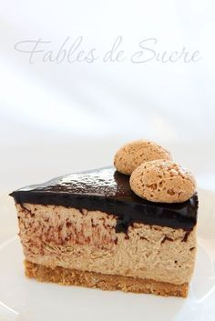 New Easy Cake : Coffee Macaroon Cheesecake is a sweet with an intense fragrance and . Chesee Cake, Torte Cake, Cupcake Cakes, Sweets Recipes, Cookie Recipes, Coffee Macaroons, American Cake, Italian Desserts, Sweet Cakes