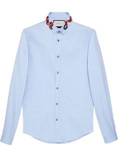Moda Masculina - Camisas - Farfetch Cotton Shirts For Men, Casual Shirts For Men, Gucci Mens Clothing, Men's Clothing, Clothing Styles, Duke Shirts, Men's Shirts, Blue Oxford Shirt, Oxford Shirts