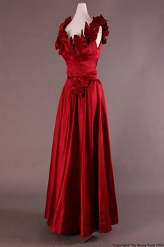 Evening dress, Sophie Gimbel, 1947. The Henry Ford Costume Collection.