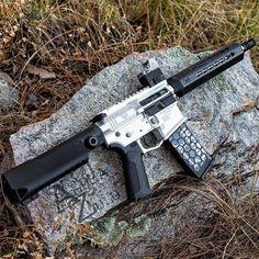 @az_photo_man  The Pistola.  __________________________________ #pewpewpew #daily_badass #weaponsdaily #weaponfanatics #worldofweapons #gundose #gunporn #gunsdaily #hashtagtical #bossweapons #gunfanatics #sickgunsallday #igmilitia #ddubmilitia #firearmphotography #gunchannels #alphazulu #azphotoman #arizona #ar15 #arporn #556 #223 #arpistol by gun.addicts