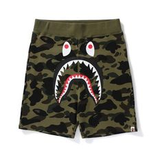 1ST CAMO SHARK SWEAT SHORTS M ($100) ❤ liked on Polyvore featuring shorts